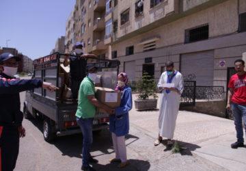 Photo aide humanitaire pendant la pandémie covid 19